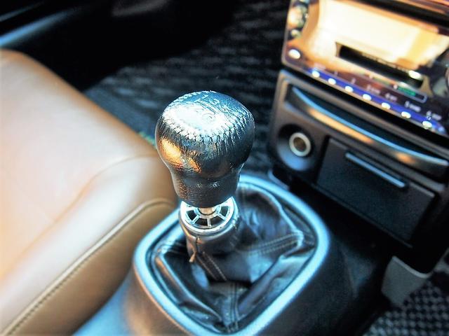 Vエディション 車高調 17インチAW 本革シート 5速MT(19枚目)
