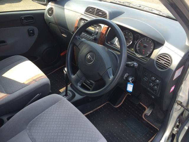 ダイハツ ミラアヴィ R 4WD CD ウッドパネル キーレス アルミ エアロ