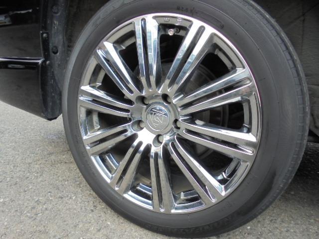 トヨタ クルーガーV FOUR Sパッケージ 4WD 社外アルミ