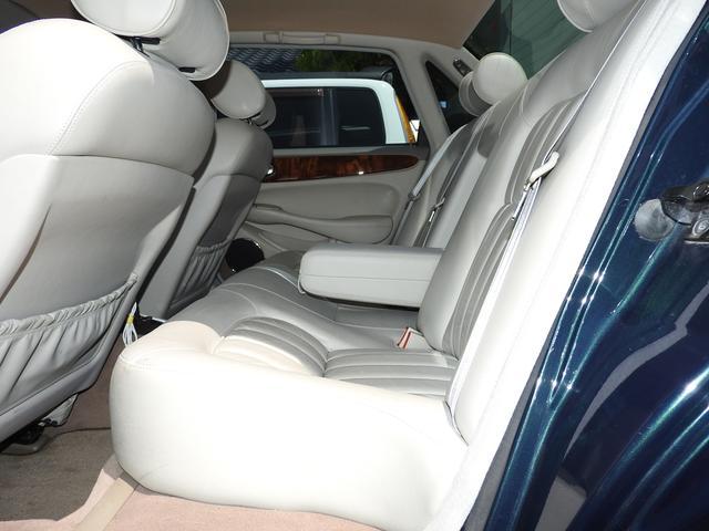 ジャガー ジャガー XJ エグゼクティブ3.2-V8