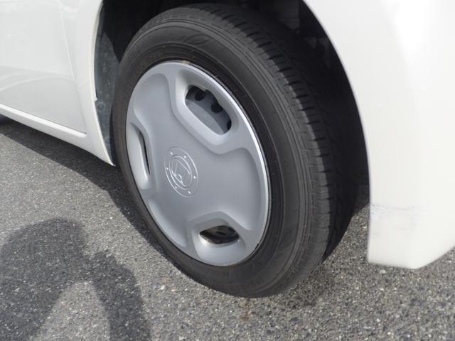 タイヤ新品交換 エマージェンシーストップシグナル HID CD TV バックカメラ ETC キーフリー(39枚目)