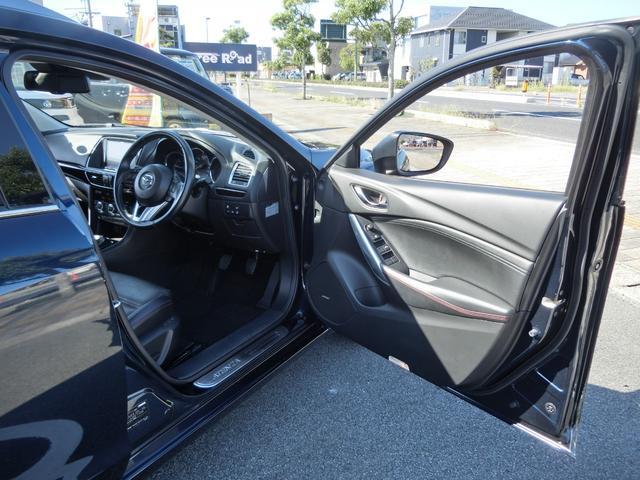 XD Lパッケージ 6MT 軽油 HIDオートライト プッシュスタート シートヒーター シートメモリー アイドリングストップ HIDオート 純正ナビ フルセグ DVD Bluetooth Bカメラ ETC(17枚目)