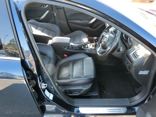 XD Lパッケージ 6MT 軽油 HIDオートライト プッシュスタート シートヒーター シートメモリー アイドリングストップ HIDオート 純正ナビ フルセグ DVD Bluetooth Bカメラ ETC(18枚目)