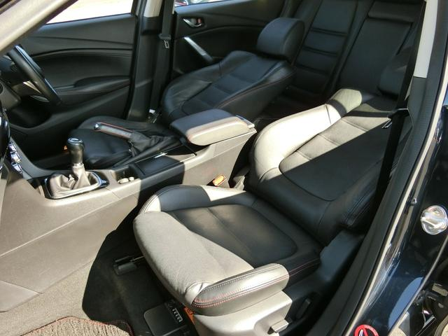 XD Lパッケージ 6MT 軽油 HIDオートライト プッシュスタート シートヒーター シートメモリー アイドリングストップ HIDオート 純正ナビ フルセグ DVD Bluetooth Bカメラ ETC(25枚目)