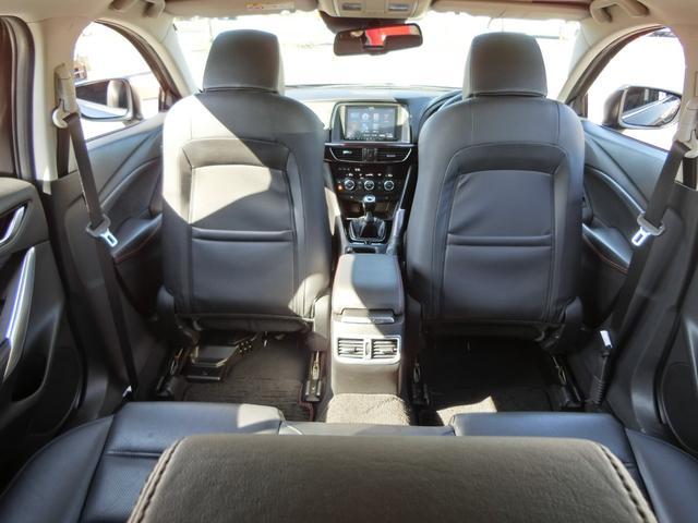 XD Lパッケージ 6MT 軽油 HIDオートライト プッシュスタート シートヒーター シートメモリー アイドリングストップ HIDオート 純正ナビ フルセグ DVD Bluetooth Bカメラ ETC(27枚目)