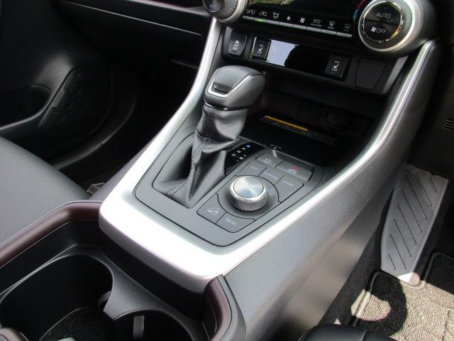 「トヨタ」「RAV4」「SUV・クロカン」「山口県」の中古車31