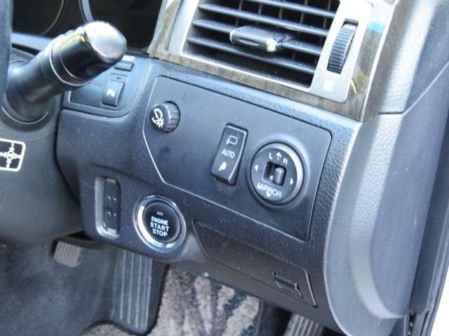 トヨタ クラウンマジェスタ Aタイプ フルノーマル禁煙車・バックカメラ・
