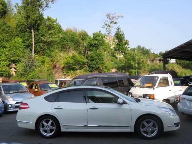 350XV ワンオーナー HDDナビ 革シート サンルーフ(3枚目)
