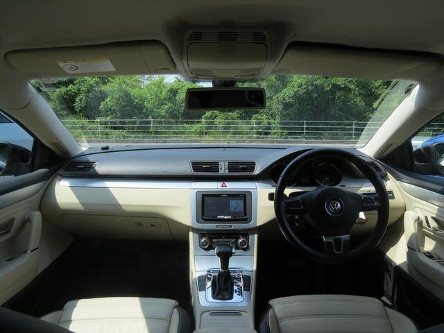 フォルクスワーゲン VW パサートCC 2.0TSIガラスコーティング済・レザー