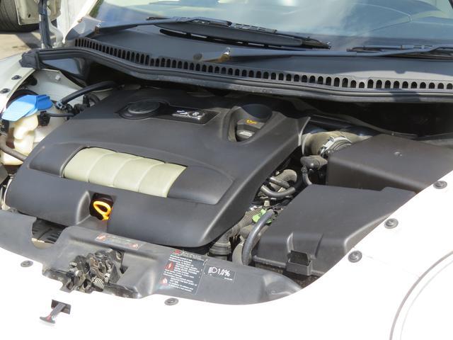 フォルクスワーゲン VW ニュービートルカブリオレ LZ ベージュ本革・HID