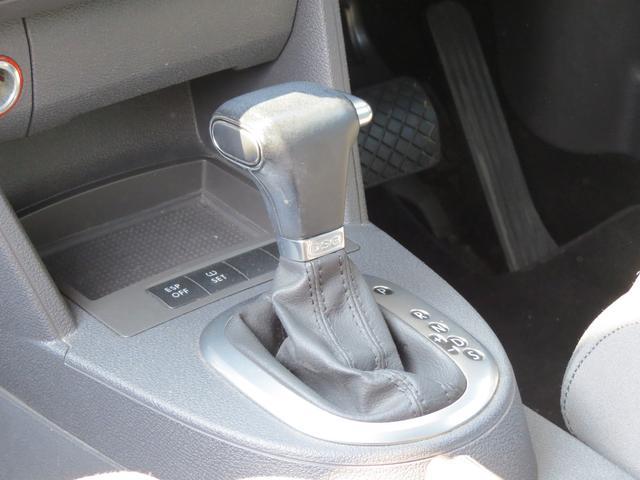 フォルクスワーゲン VW ゴルフトゥーラン TSI ハイライン スーチャー・ターボ