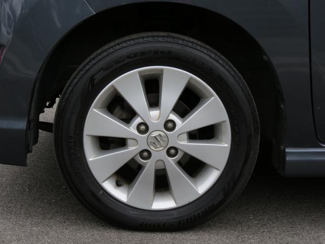 タイヤの溝もしっかりしています!