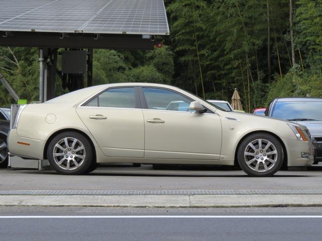 3.6レザー シャンパンゴールド・V6 ベージュ本革シート(4枚目)