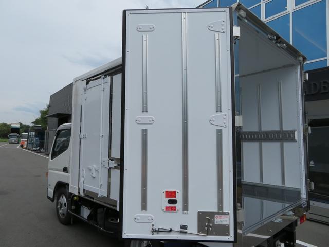 三菱ふそう キャンター 冷蔵冷凍車