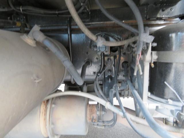 日野 プロフィア 10輪高床ウイング車
