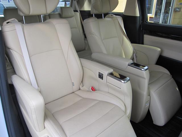 G Fパッケージ 4WD サンルーフ 両側電動スライドドア スマートキー 本革シート バックモニター フルセグTV ナビ LEDヘッドライト(18枚目)