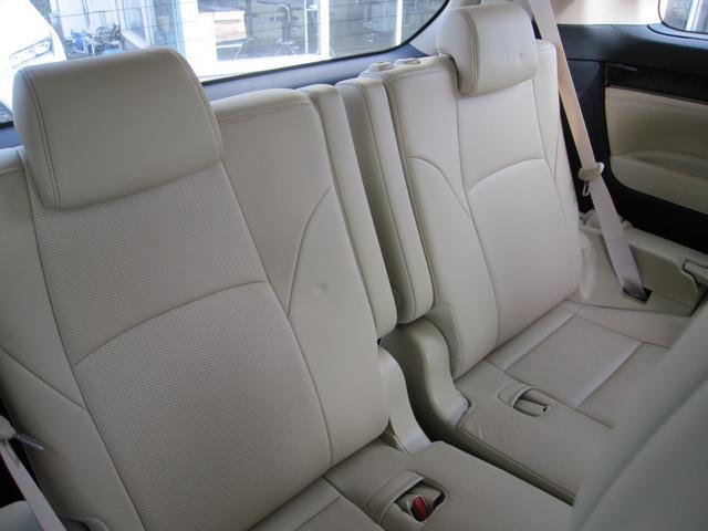 G Fパッケージ 4WD サンルーフ 両側電動スライドドア スマートキー 本革シート バックモニター フルセグTV ナビ LEDヘッドライト(24枚目)