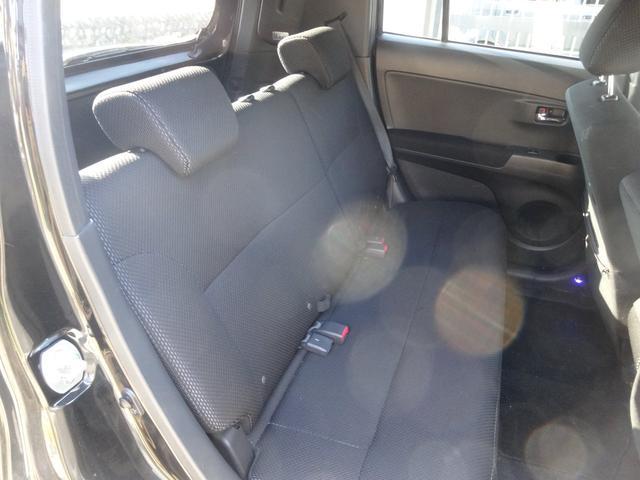 後部座席ももちろんクリーニング納車となります!