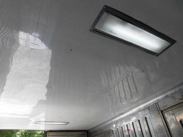 冷蔵冷凍車(15枚目)