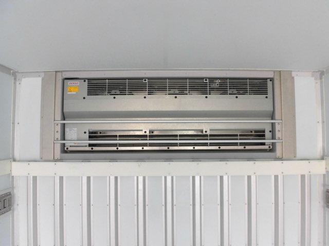 ワイドロング冷蔵冷凍車 格納パワーゲート付(17枚目)