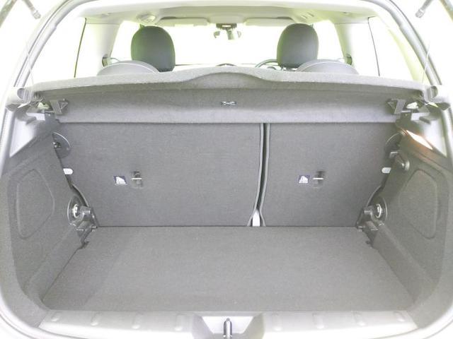クーパー 純正 メモリーナビ/ヘッドランプ HID/ETC/EBD付ABS/横滑り防止装置/アイドリングストップ/エアバッグ 運転席/エアバッグ 助手席/エアバッグ サイド/アルミホイール/パワーウインドウ(8枚目)