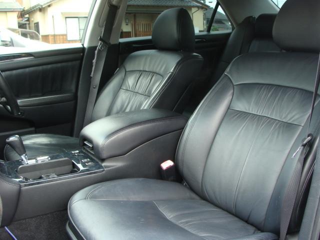 トヨタ クラウン アスリートGパッケージ 車高調 20AW マークレビンソン