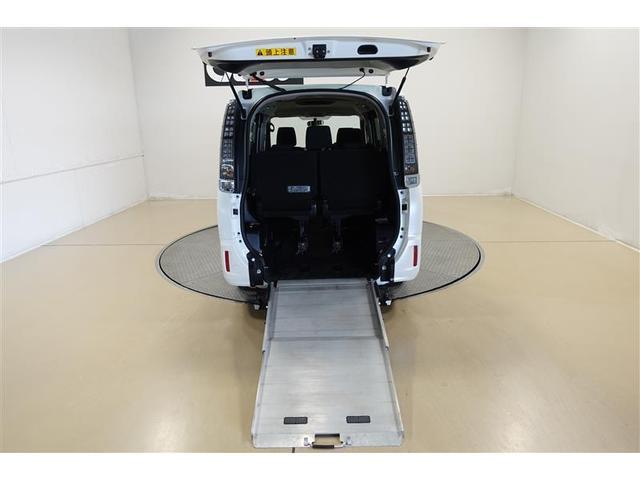 X-C スロープ1 ワンセグ メモリーナビ ミュージックプレイヤー接続可 バックカメラ ETC 乗車定員7人 3列シート 記録簿(15枚目)