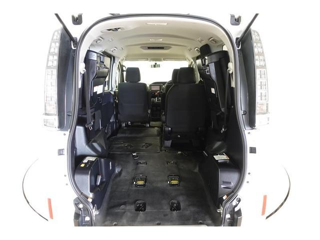 X-C スロープ1 ワンセグ メモリーナビ ミュージックプレイヤー接続可 バックカメラ ETC 乗車定員7人 3列シート 記録簿(16枚目)