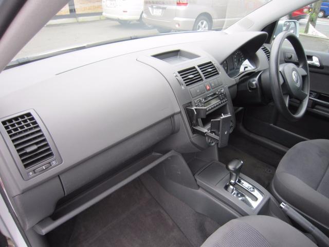 フォルクスワーゲン VW ポロ ベースグレード キーレス MD ディーラー右ハンドル