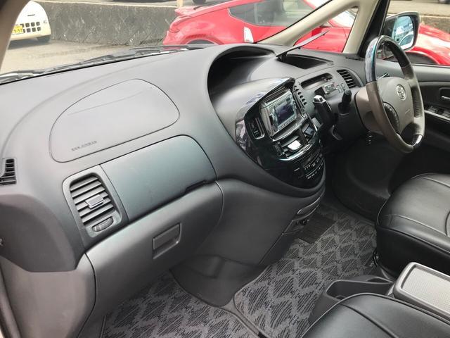 アエラスプレミアム4WD 両側電スラ クルコン シートカバー(11枚目)