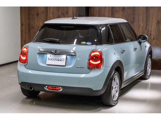 クーパー アイスブルー ホワイトルーフ 400台限定車(10枚目)