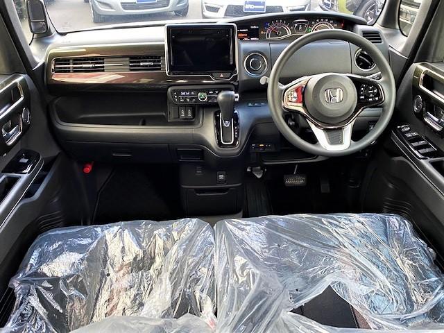 G・Lホンダセンシング ワンオーナー 禁煙車 衝突軽減装備 パワースライドドア ステアリングスイッチ オートエアコン ビルトインETC プッシュスタート LEDヘッドライト 純正アルミホイール(12枚目)
