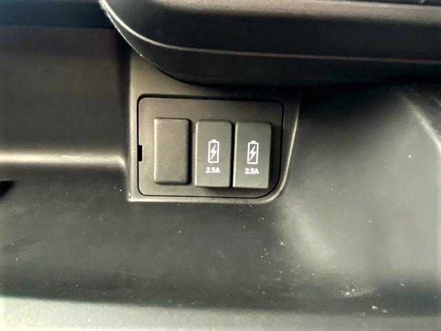 G・Lホンダセンシング ワンオーナー 禁煙車 衝突軽減装備 パワースライドドア ステアリングスイッチ オートエアコン ビルトインETC プッシュスタート LEDヘッドライト 純正アルミホイール(25枚目)