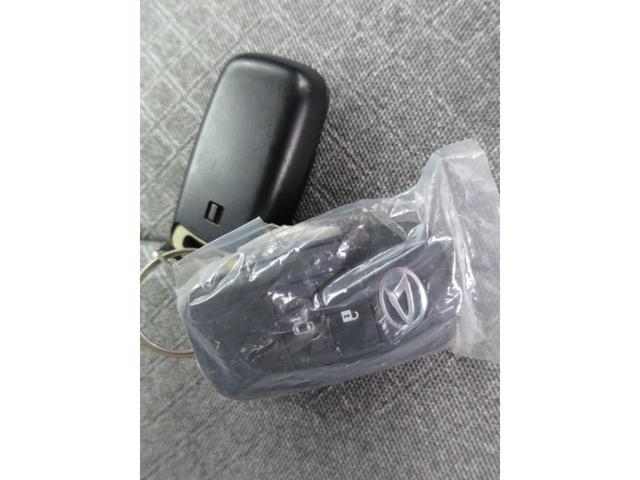 X 衝突被害軽減システム 運転席助手席サイドエアバック アイドリングストップ キーレスエントリー LEDヘッドランプ コーナーセンサー(20枚目)
