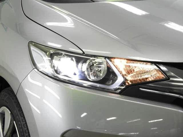 Lパッケージ 追突軽減B LEDヘッドライト(8枚目)