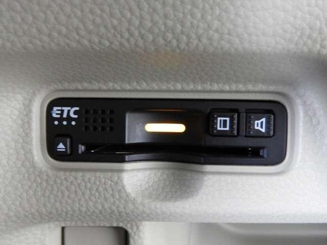 【ETC車載器】 高速道路のご利用時にとても便利! セットアップをしてからお渡ししますので、あとはETCカードを差し込むだけで、わずらわしい料金所での現金支払いが不要となりスムーズに通過できます♪