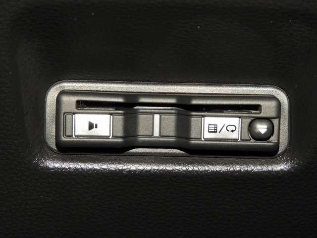 クロスター 純正9インチナビ カメラ 純正ドラレコ ETC LEDヘッドライト USBジャック(10枚目)