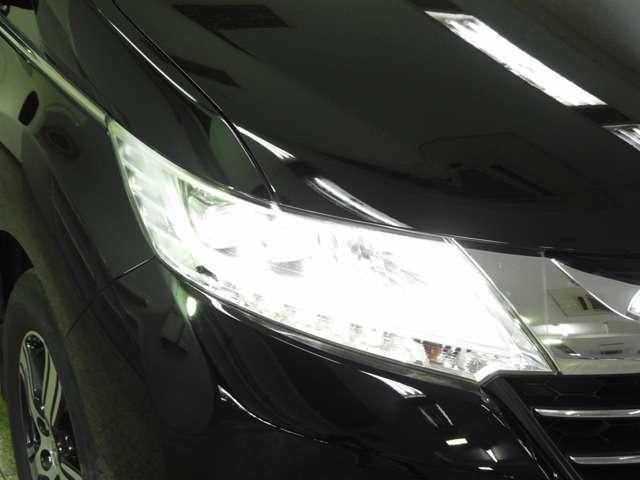 【LEDヘッドライト】夜間や雨天時でも遠くまでしっかりと見渡せ、安全性と安心感を高めるヘッドライト装備!夜道での安心感が更にUPです!