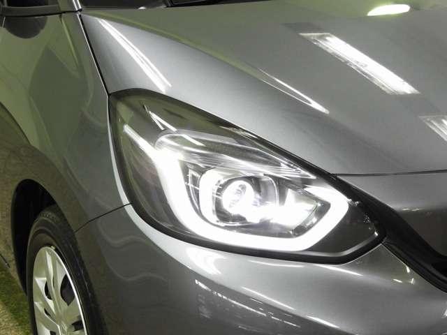 ホーム 衝突軽減B Mナビ LEDヘッドライト(3枚目)