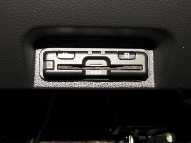 ファン・ターボホンダセンシング 衝突軽減ブレ-キ 8インチ純正ナビゲーション バックカメラ ナビ連動ドライブレコーダー LEDヘッドライト アクティブクルーズコントロール スマートキー(10枚目)