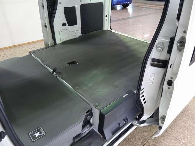 ホンダ アクティバン SDX 電子チューナー式AMラジオ