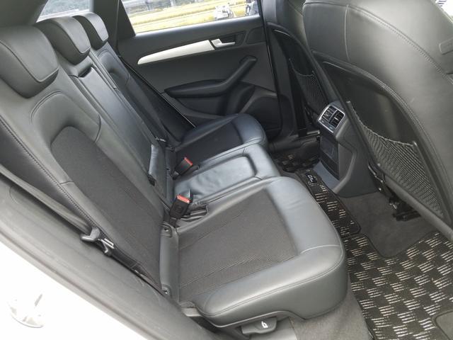 「アウディ」「アウディ Q5」「SUV・クロカン」「岡山県」の中古車16