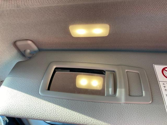 鏡は運転席・助手席についており、目立った傷などはありません!