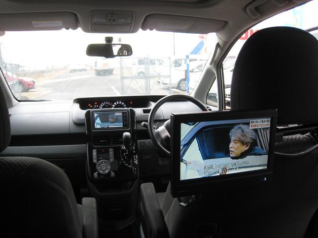 トヨタ ノア Si 純HDDナビ・TV・Bカメラ ETC ツインサンルーフ