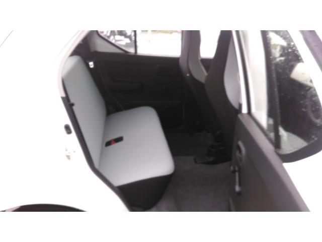 スズキ アルト F 4WD CD・キーレス・シートヒーター付き