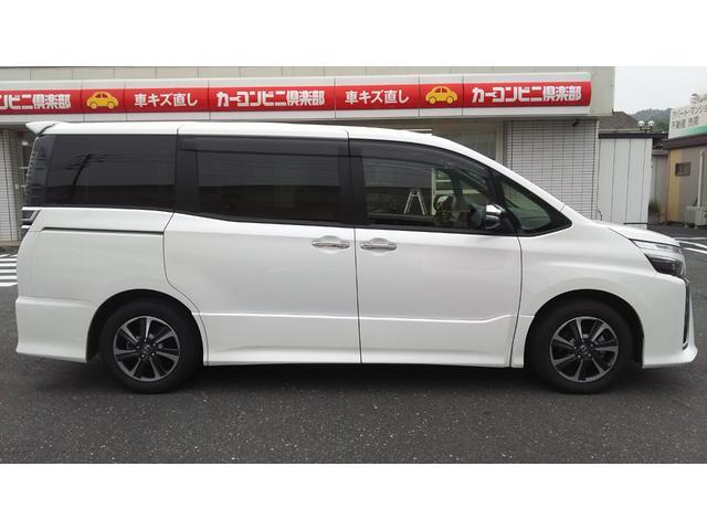 「トヨタ」「ヴォクシー」「ミニバン・ワンボックス」「岡山県」の中古車4