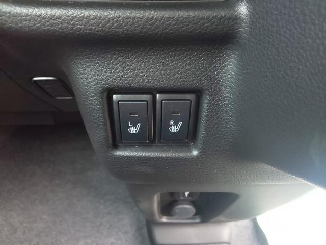 運転席、助手席シートヒター搭載です。