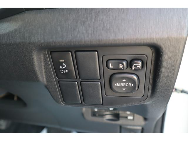 G ハーフレザーシート/パワーシート/スマートキー/プッシュスタート/地デジTV/フルセグメモリーナビ/バックカメラ/ETC車載機/ステアリングリモコン/HIDヘッドライト/HVバッテリー保証(17枚目)
