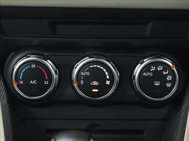 XDツーリング Lパッケージ マツダコネクトナビ フルセグ バックカメラ スマートブレーキサポート LEDオートライト コンビレザー調シート 修復歴無 内外装仕上済(6枚目)