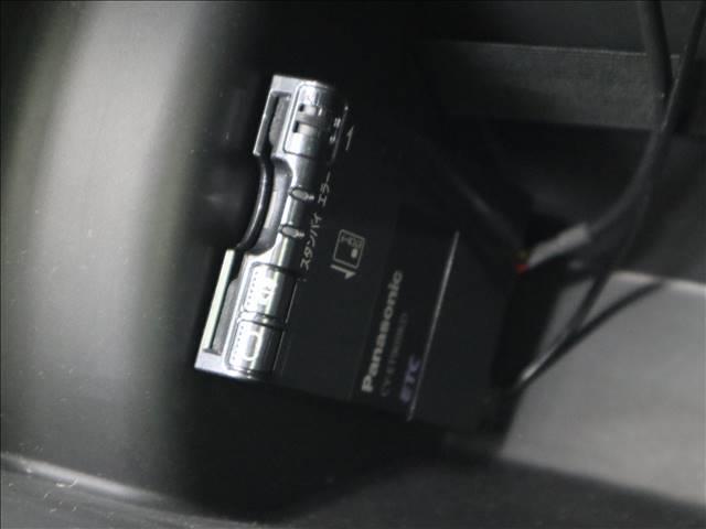 ☆彡こだわり2・・・当店では全車両外装の研き・ルームクリーニング・エンジンルームのクリーニングをしています!!